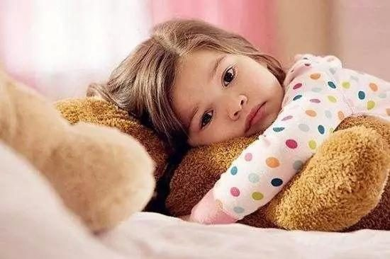 The child sleeps late, the short is the second! Hurt the child is the most profound......