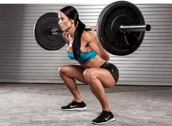 Men and women must not practice squat, or else you can not stand the bed!