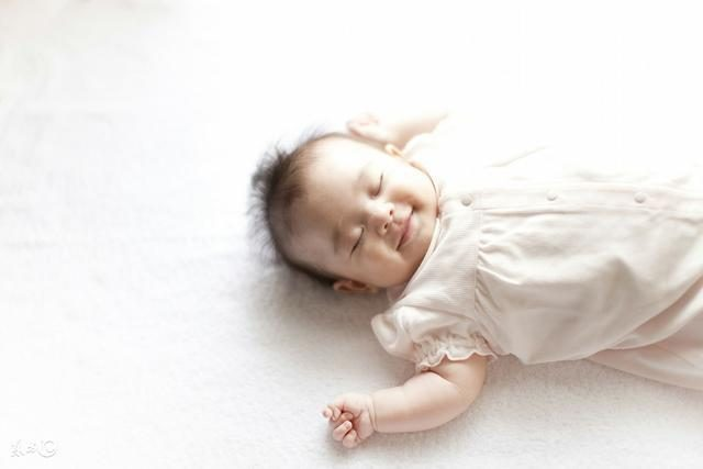 So sleeping children is smarter, is your child right? A 0-18 year - old sleep schedule