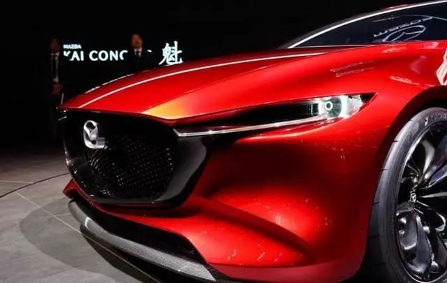 2018 Mazda 3 with 50% engine efficiency, fuel consumption as low as 4 liters! Instrument cool full