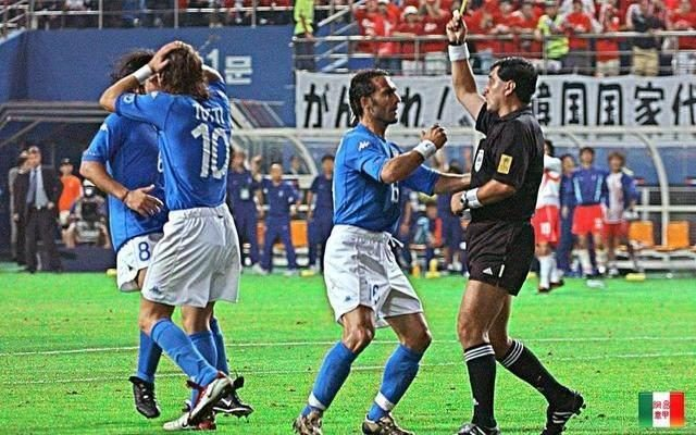 In 2002, the South Korean team bought the referee. Why did he still fail to win the World Cup?