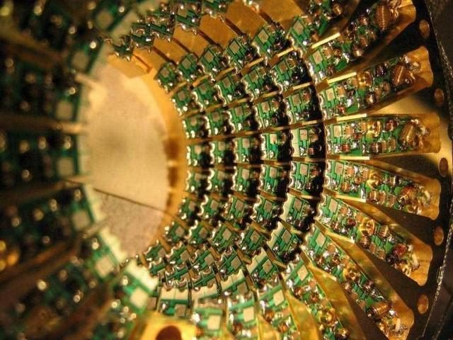 Why quantum computers can bring a quantum leap in computing speed?