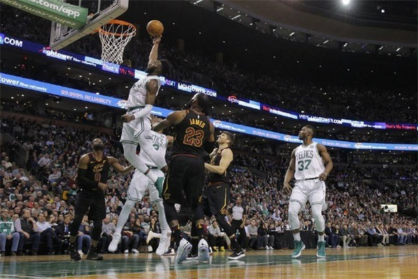 Cavaliers lose Yang Yi Weapon: As long as James 40 Celtics better! The fans are jealous!