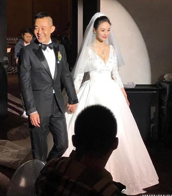 "In addition to Li Zongsheng, these male stars are also married at least 3 times, and almost all of them are ""father and daughter love""."