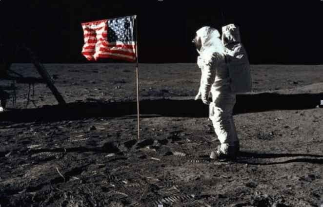 Without air, how does the American flag flutter on the moon? Is the moon landing really a scam?