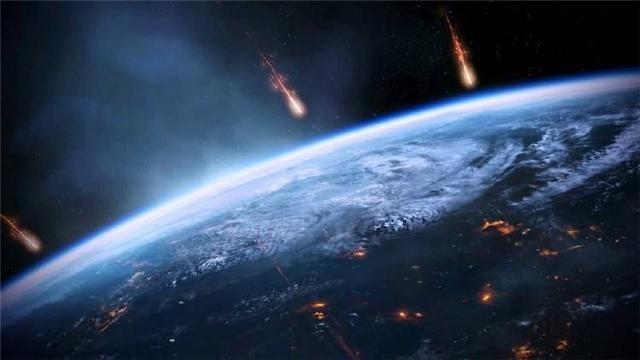 Why are meteorites burning in a vacuum in many movies?  In fact, the reason is very simple!