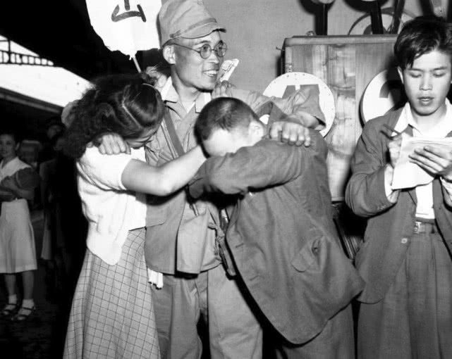 How miserable are the millions of returning soldiers after Japan surrendered?  There are pictures with truth