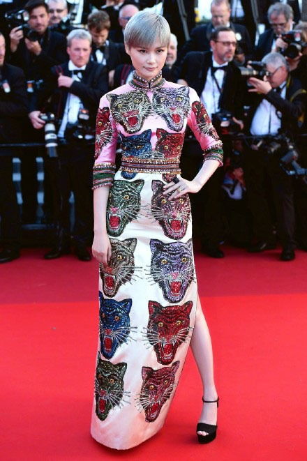 Chinese cheongsam gave D&G a slap in the face!