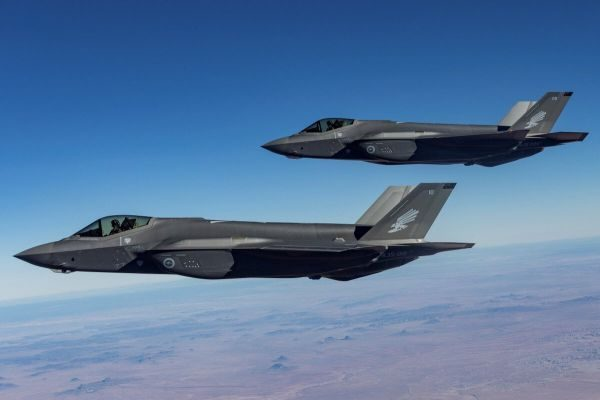 Leading 歼-20 for at least 10 years?  Australia bought the F-35 actually