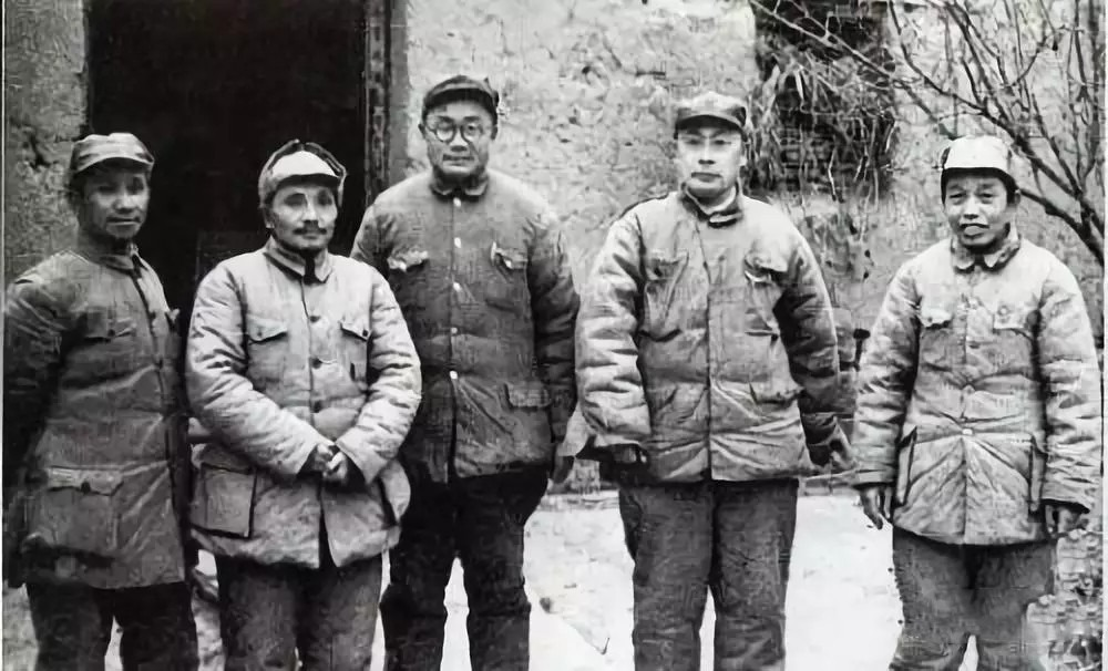 A group of excellent military generals and a gifted military strategist in the Huaihai Campaign
