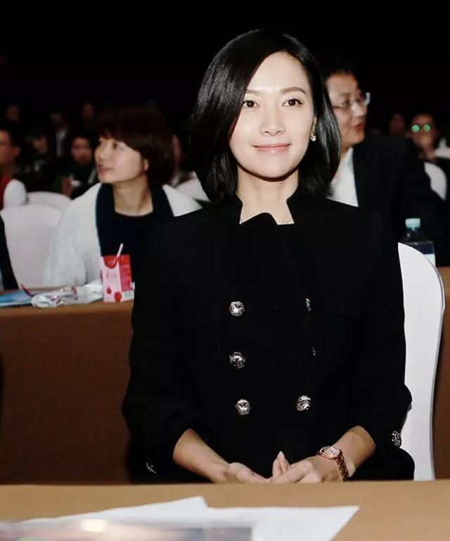 Xu Jinglei denied the rumor of marriage: You can't just stop because you're idle.