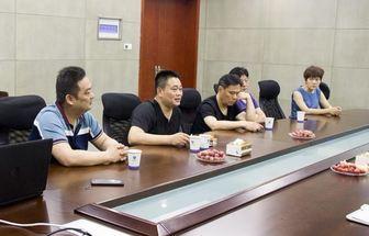 騰訊云華東區總經理朱張輝一行蒞臨卓克藝術網