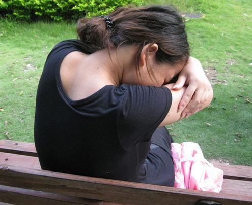 00后?16歲少女?廁所生女嬰后掐死,怕男朋友知道孩子不是他的。