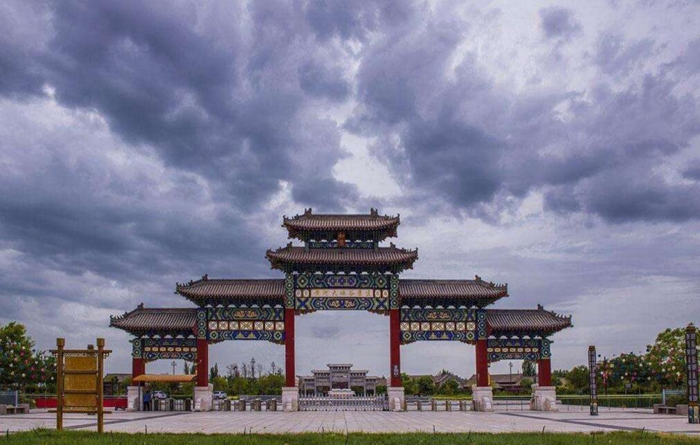 宁夏一城市唐朝是全国政治军事中心,人口为12