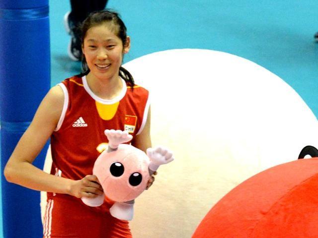 朱婷重返土耳其备战联赛!上赛季夺欧冠 本赛季她的目标是联赛冠军
