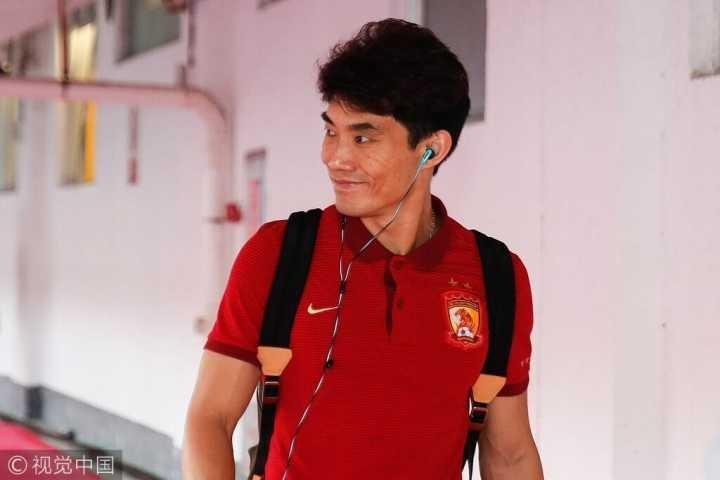 顶级联赛9冠王!郑智超越李明成为中国足球