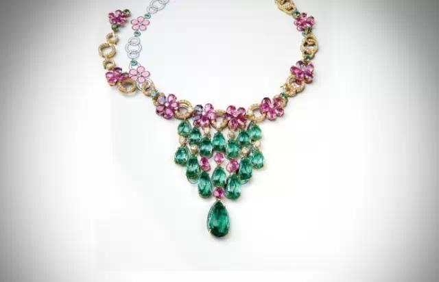 宝格丽 多色搭配设计展示宝石最美的一面