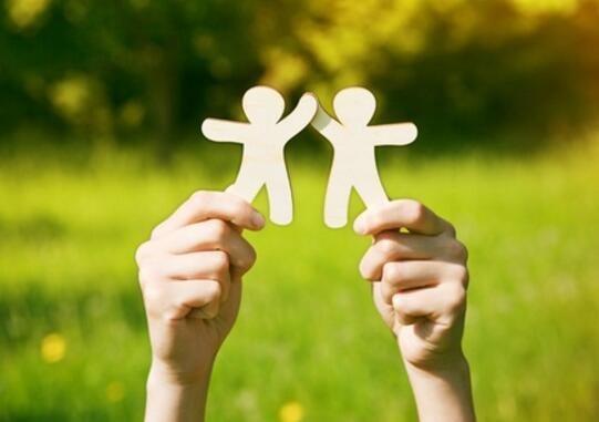 微商如何维护好友关系达成绝对成交