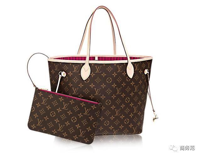 64e0d5bca57c 作爲性價比超高的入門款奢侈品包袋,Neverfull是很多女性的第一隻大牌包,而老花款也是最暢銷的花色。
