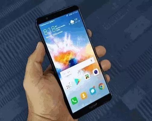 华为在印度推出了一个新的智能手机,荣耀7X