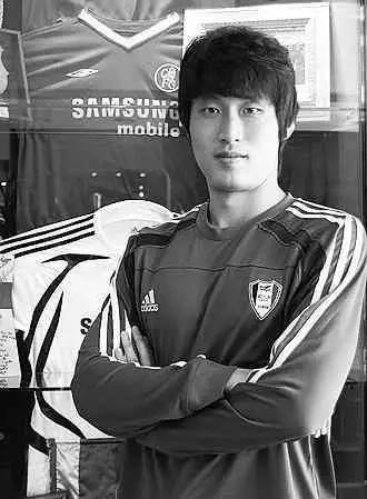 他加入韩国国籍踢亚冠被骂忘本,愤怒回应:是中国足球抛弃我