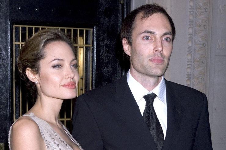 媒体:哥哥曾经影响安吉丽娜·朱莉的离婚决定