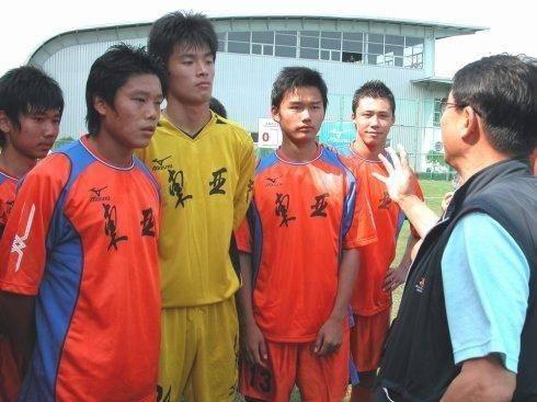 徐根宝提醒中国足球人才培养:练好田径是基