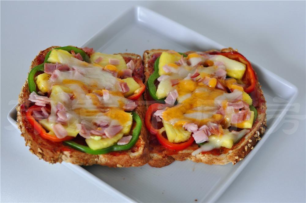 吐司披萨:懒人妙招,早餐就能吃披萨,只要5分钟!