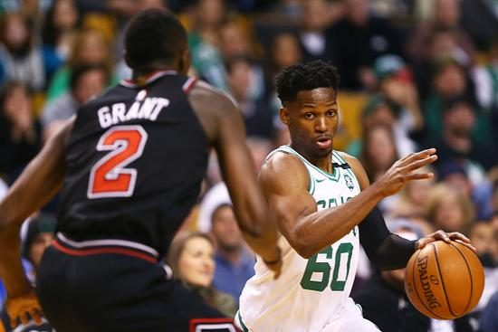 CBA名宿在NBA集体爆发 他为绿军出战9分钟飙3三分