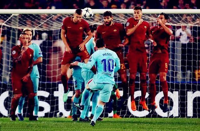 6-14!梅西欧冠进球数不及C罗一半 绝杀面前他竟脚软