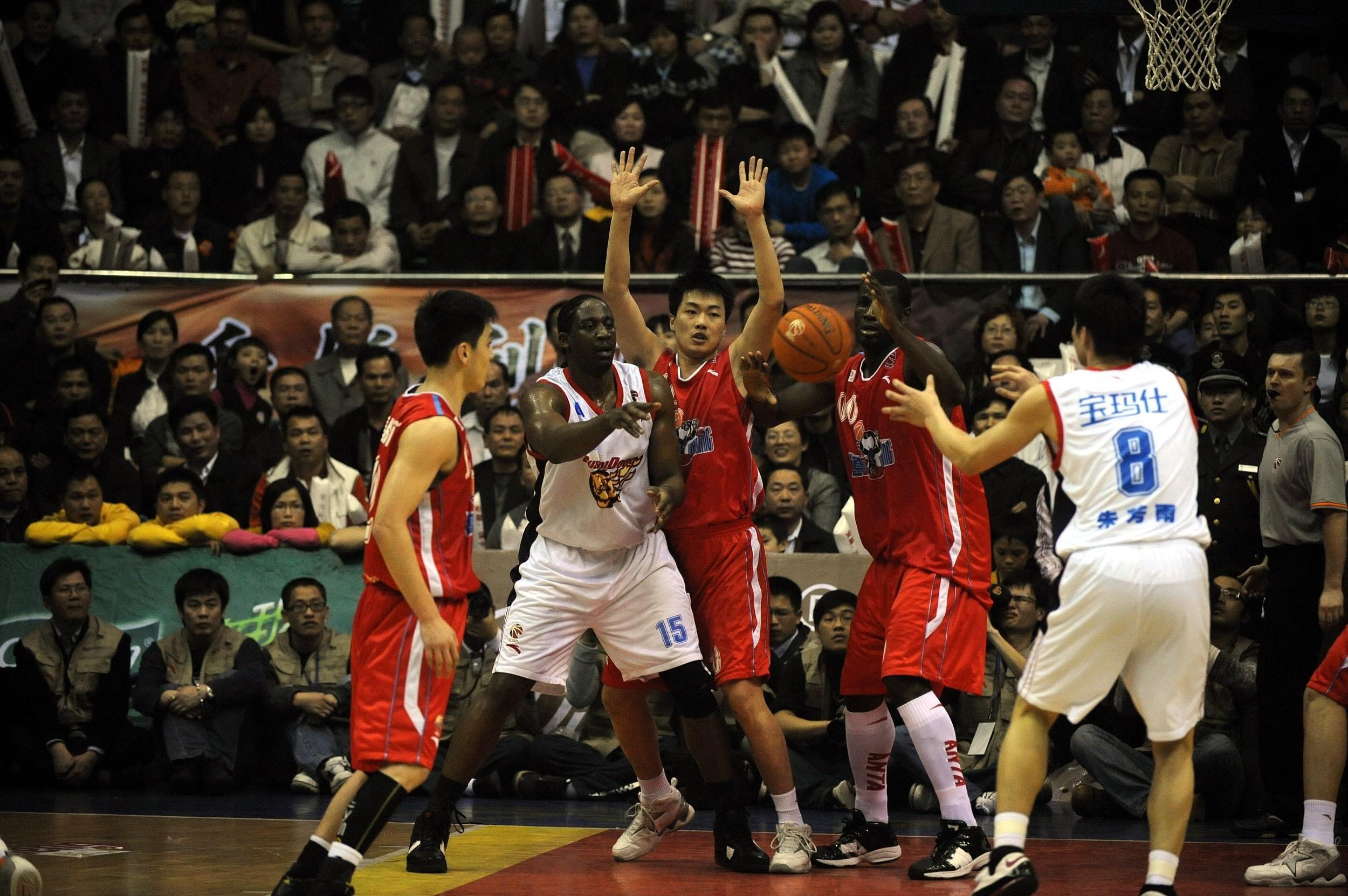 图说辽篮!2008年CBA总决赛 朱芳雨31分积臣两双 广东4比1辽宁!