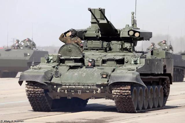 坦克到底能携带多少弹药,是不是越多越好?