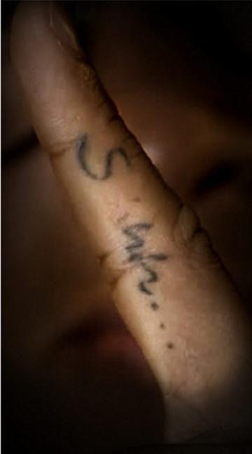 内马尔25处纹身全披露:家人、健康、信仰、热爱