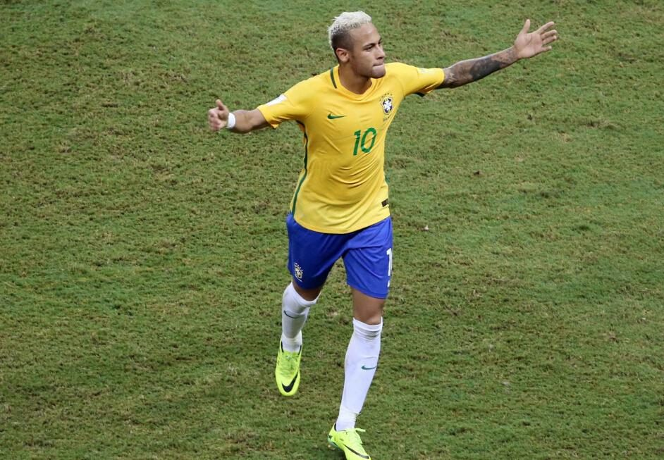 绝地求生:巴西队球星内马尔世界杯期间还玩吃鸡,这也太自信了吧