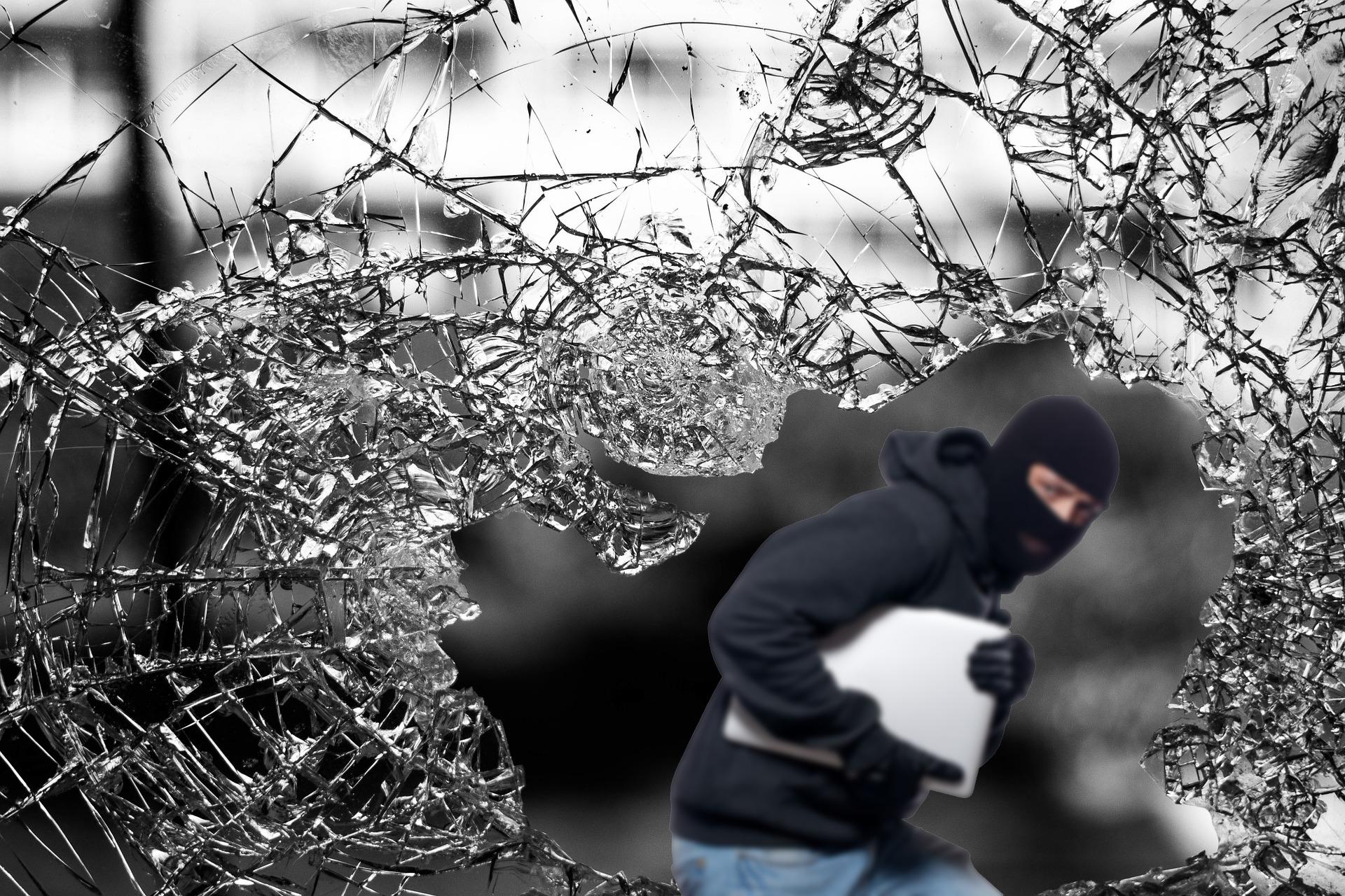 嘟嘟智能家居防盗新品——玻璃破碎报警器