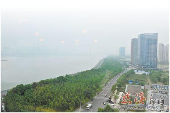 叶青一周点评:长江新城、智能泡茶机器人、