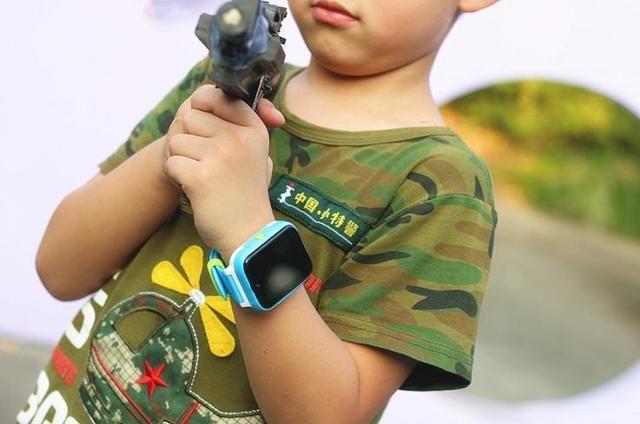 儿童智能手表TOPPERS W1体验 自主可控芯片+系统 更安全更智能