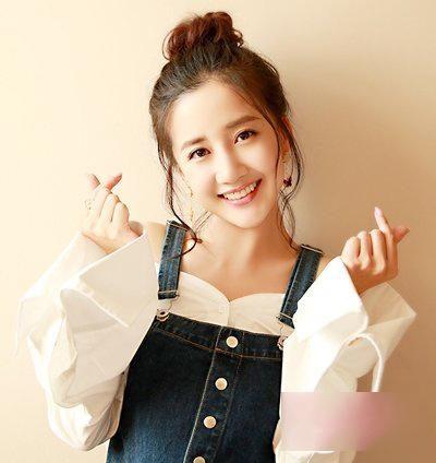 嘟嘟资讯_【一点资讯】肉嘟嘟的娃娃脸女生夏季流行发型! www.yidianzixun.com