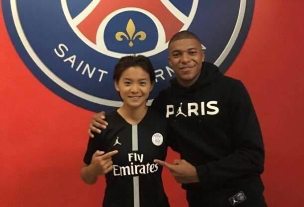 巴黎女足晋级欧冠16强,王霜虽然没有出场,却创造多项纪录