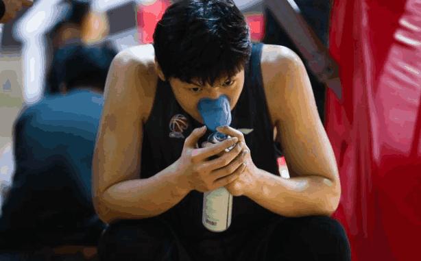 不去NBA就不用苦练了?王哲林遭致命打击 再不拼命恐打不了CBA