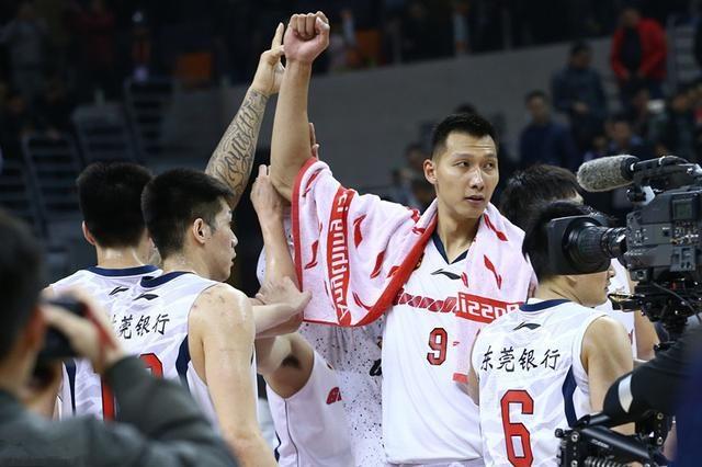 官宣!广东宏远也已预定新赛季CBA总冠军 双小外援如约而至