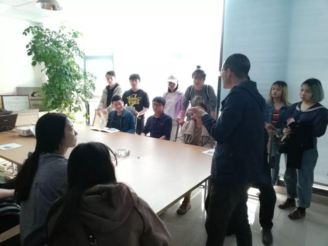 拓成新聞|西華大學師生到拓成參觀學習