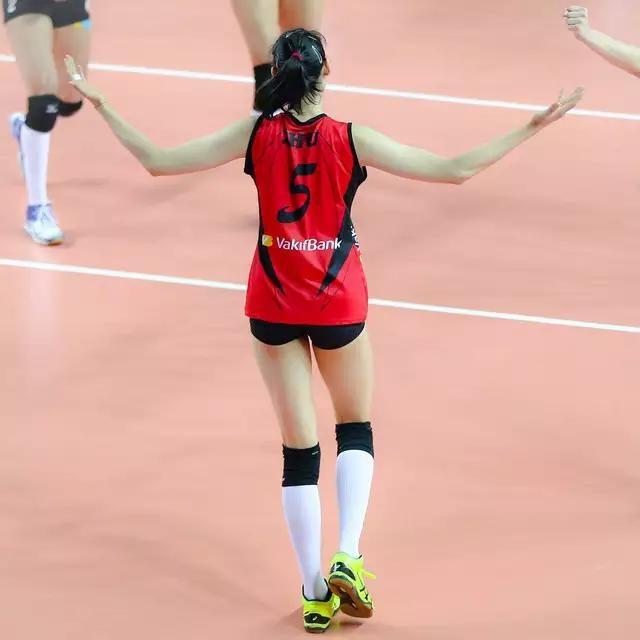 欧冠女排正赛五个小组分组出炉!朱婷本赛季