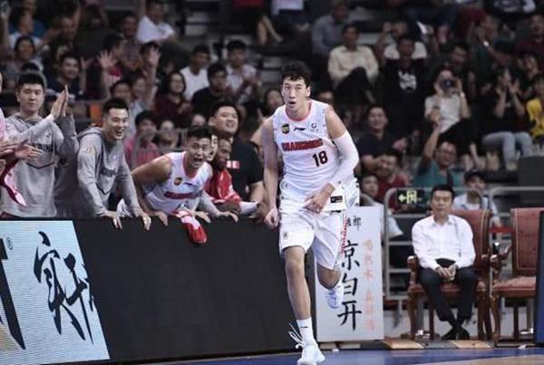 CBA德比大战广东宏远期待9连胜!就在刚