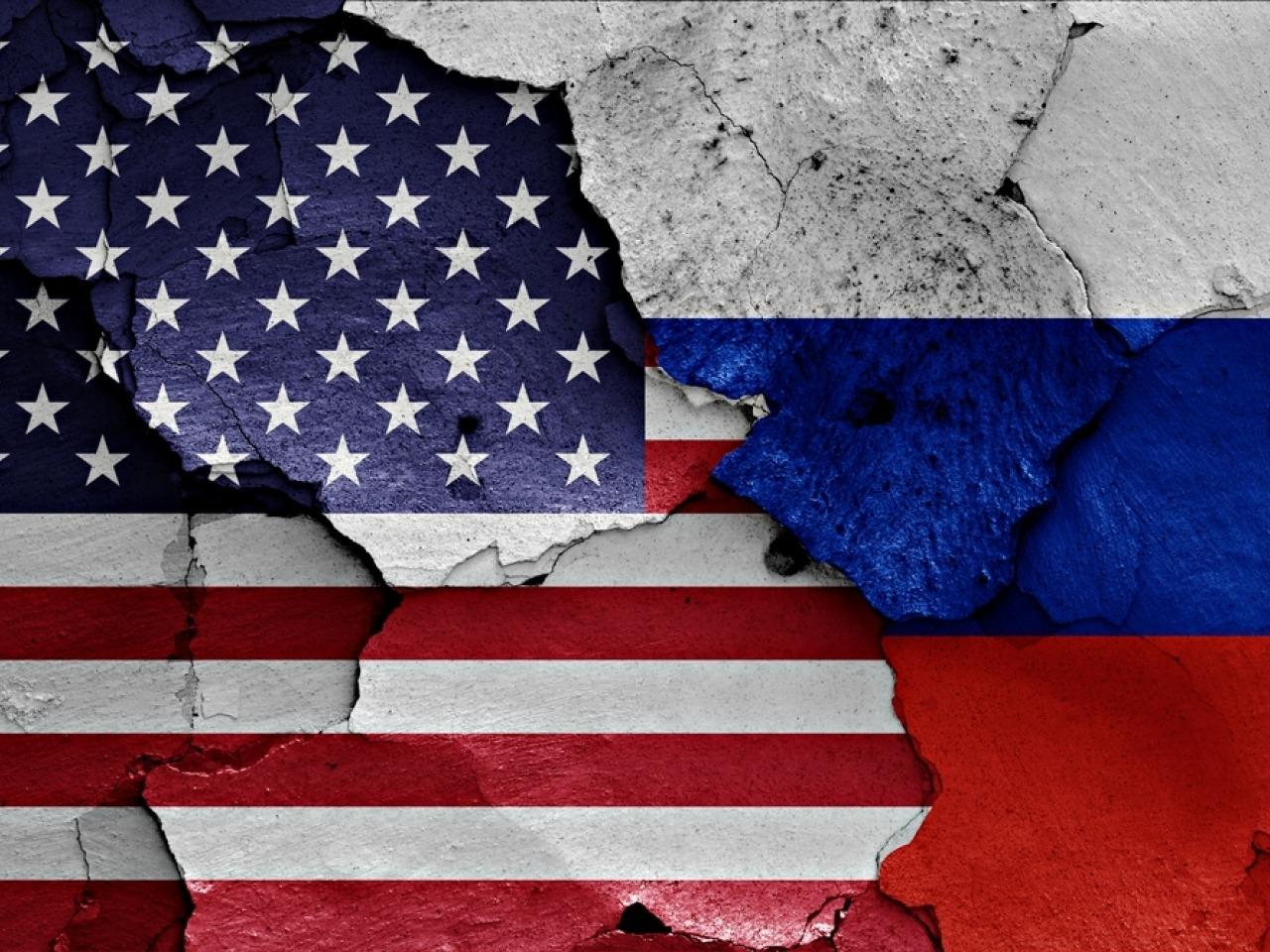 俄羅斯來真的了:西方國家購買原油必須用歐元!美元遭重大威脅?