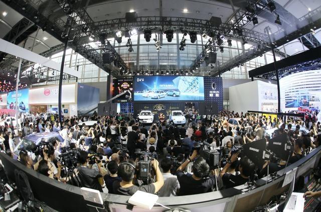 中国首个电动车专属平台发布 欧