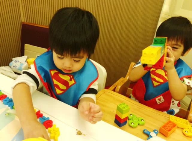 On The Birthday Of Twins December 5 This Month So He And His Wife Chen Ruoyi Also Pre Organized A Gemini Full 3 Years Old Party