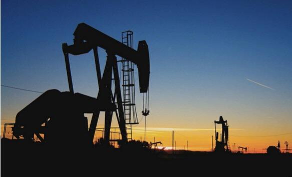【今日原油行情】原油涨势昙花一现 油价周一大跌约3%