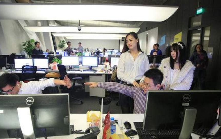 程序员面试被拒 竟因发际线不达标_www.epx365.cn