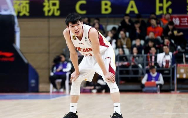 CBA第15周本土最佳阵容:易建联王哲林